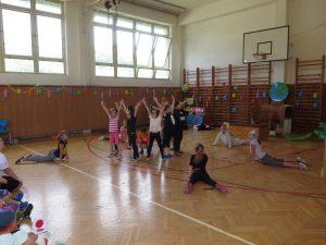Vystoupení tanečního kroužku paní učitelky Potůčkové